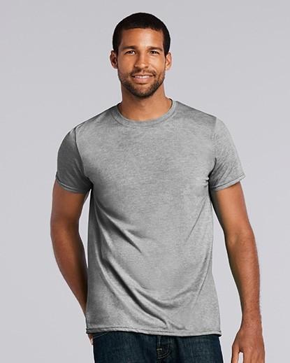 64000 Gildan Softstyle Adult T-Shirt
